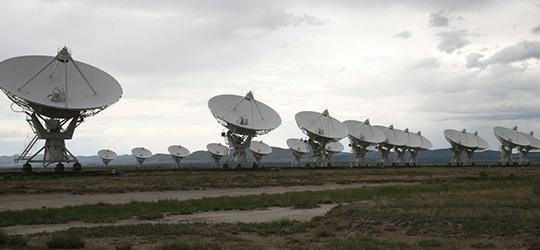 Radiotelescopi per la Ricerca di Vita Extraterrestre